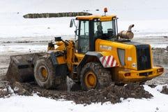 för dozermud för tjur djup snow arkivbild