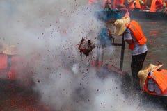 för drakefestival för fartyg kinesisk vill för race Arkivbilder