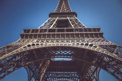för eiffel france paris för bakgrund blått torn sky Royaltyfri Bild