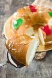 För epiphanykaka för spanjor typisk Roscon de Reyes för ` `, royaltyfria bilder