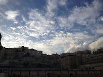 för extern gammal vägg jerusalem för stad minaret royaltyfri foto