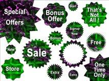 för försäljningsspecial för grönt erbjudande purpura etiketter Royaltyfria Foton
