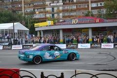 För första gången i Tyumen 18.08.2013 storstilat Nismo G-drev Royaltyfria Bilder