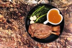 För fett recept ut av kokt griskött Royaltyfri Bild