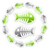 För fiskben för gräsplan och för grå färger glansig bakgrund Arkivbilder
