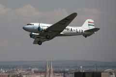 2 för 3 flygplan versionen för ryssen för det berömda krakow för li för flygdc för lisunov museet för modellen den gammala var Fotografering för Bildbyråer