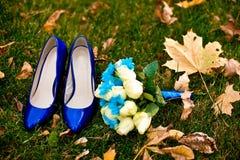 för fokusförgrund för 3 bukett bröllop Arkivfoto