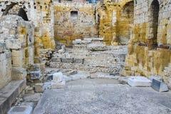 För forumteatern för den gamla rundan fördärvar den roman italienska spanska antikviteten stenturism royaltyfria bilder