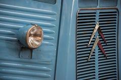 """För gamla Citroà för Oldtimer skåpbil för H """"n arkivfoton"""