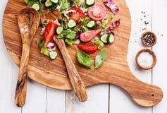 för grönsallatmix för gurka ny grönsak för tomat för sallad Royaltyfria Bilder