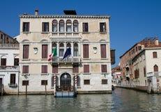 för grimanigussoni för kanal storslagen palazzo Arkivbilder