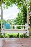 För gunga- och turkosblå för tappning kudde gräsplan Royaltyfri Bild