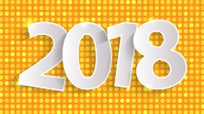 För hälsningkort för lyckligt nytt år 2018 skinande begrepp med papper cuted vitnummer Royaltyfri Fotografi