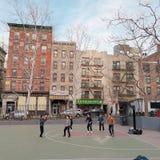för hälsolivstid för basket fri tid för gata för sport arkivfoton
