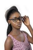 För härlig bärande exponeringsglas kvinnastående för mode Royaltyfri Foto