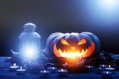 för halloween för dator 3d mörk frambragd pumpa bild Arkivbilder