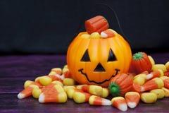0 för halloween för fältet för 7 15 all för stångsmör för äpplet för den tillgängliga godisen caramal för caramel för catid för c Arkivbild