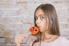 0 för halloween för fältet för 7 15 all för stångsmör för äpplet för den tillgängliga godisen caramal för caramel för catid för c Arkivfoto
