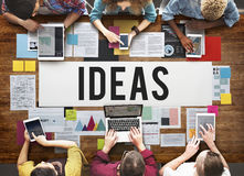 För handlingtankar för nya idéer begrepp för förslag för vision Royaltyfri Fotografi