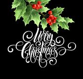 För handskriftskrift för glad jul bokstäver Julhälsningkort med järnek också vektor för coreldrawillustration Arkivbild
