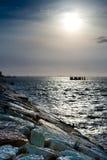 för havsky för strand blå sun för sten under Fotografering för Bildbyråer