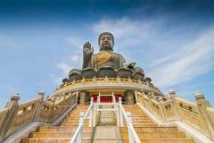 för Hong Kong för buddha porslin tian jätte- solbränna staty Royaltyfri Foto