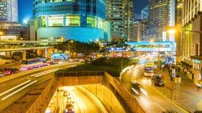 För Hong Kong för ljust nattljus porslin för schackningsperiod för tid för panorama 4k för bro högt trafik lager videofilmer