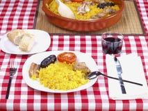 för hornomeny för al arroz lagad mat rice för ugn Arkivbilder