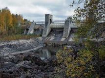 för imatraström för fördämning hydroelektrisk station royaltyfri foto
