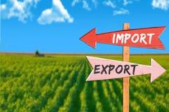 För import export kontra i jordbruk royaltyfri bild