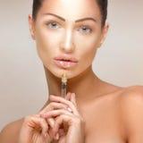 För injektioninjektionar för BOTOX® kosmetisk behandling fotografering för bildbyråer