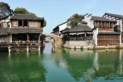 För Jiangnan för traditionell kines bostads- hus stil royaltyfri bild