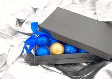 för julguld för bollar blå set Arkivbilder