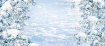 för juloklarheter för bakgrund ser blå lägre för kullar för lutning för flakes för färger sammansättning räknad horisontalmin por arkivfoton