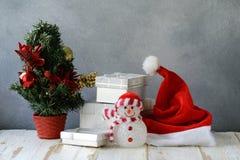 för julsammansättning för bauble blått exponeringsglas arkivfoton