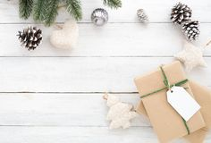 för julsammansättning för bauble blått exponeringsglas royaltyfria foton