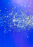 för julsnow för bakgrund blåa snowflakes Fotografering för Bildbyråer