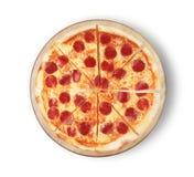 för kökpeperoni för bakgrund italiensk white för pizza Bild av en pizza på en vit bakgrund Arkivfoto