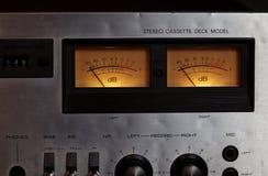 För kassettbandspelardäck för tappning stereo- meter för VU för registreringsapparat för spelare Royaltyfria Bilder