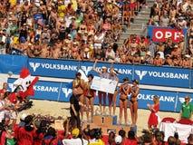 för klagenfurt för strand storslagen volleyboll slam royaltyfria foton