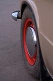 För klassikerguling för tappning gammal taxi I Royaltyfri Fotografi