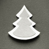 För klippdesign för julgran pappers- kort för monokrom för tappning Royaltyfria Bilder