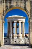 För Klocka för belägring för världskrig II minnesmärke krig, Valletta, Malta arkivbilder
