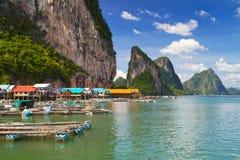 By för KohPanyee fiskare i Thailand Royaltyfria Foton