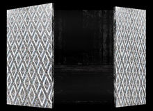 För konstabstrakt begrepp för Wood dörr thailändsk design för antiuqe Royaltyfria Foton