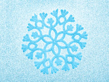för kopieringslokal för bakgrund blå snowflake Arkivfoto