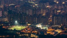 För Kowloon för Fei NGO-shan dag maximum till horisont för natttimelapseHong Kong cityscape lager videofilmer