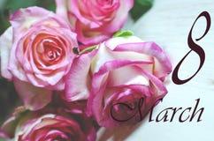 8 för kvinna` s för mars kort för hälsning för dag Arkivbild