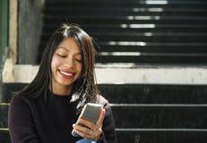 För kvinnaHipster för flicka härligt kvinnligt begrepp arkivfoton