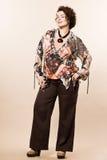 För kvinnavår för stort byggande caucasian mode för sommar Arkivfoto